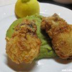 Choquinhos Fritos com Puré de Ervilhas