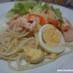 Salmão Salteado com Cenoura, Esparguete e Ovo